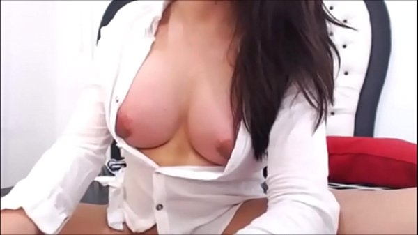 Horny shemale jerks off cam